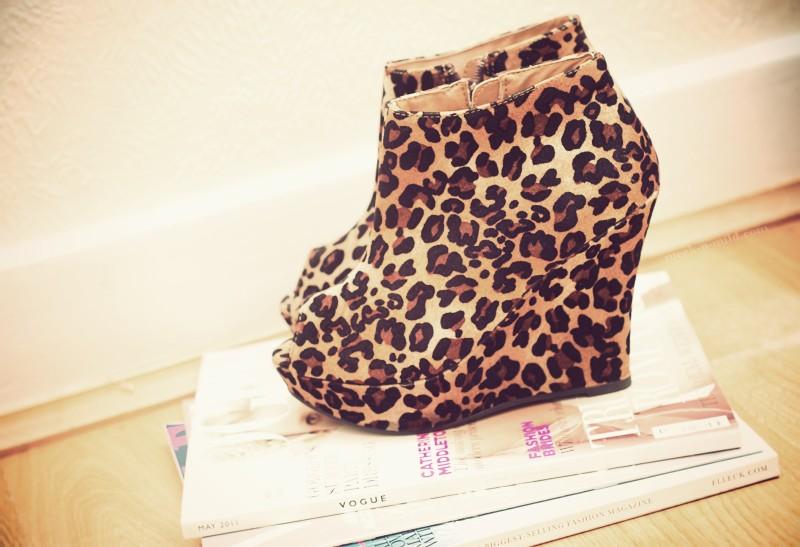Leopard-Print-Wedges